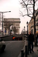 Arc de Triomphe (carolemason) Tags: people paris arcdetriomphe