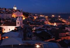 Lisbon - Alfama @ Night (madbesl) Tags: lissabon lisbon alfama portugal europa europe nacht night altstadt oldtown lisboa city stadt olympus pen p1 penp1 lumix20mmf17 explore platinumheartaward