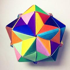 Origami Menko (Sat Teixeira) Tags: origami 折り紙 papiroflexia paperfolding dobradura paperart folding folds dobras art arte おりがみ kusudama tomoko fuse