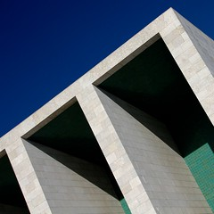 Lisboa (No Great Hurry) Tags: álvarosizavieira pavillion 1998 1998expo lisbon lisboa abstract geometric architecture outdoor portugal diagonal structure shadow green blue bluesky nogreathurry robinmauricebarr square architectural contemporary minimalism minimal tiles angles