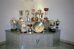 Williams Formula 1 Trophies - Williams Grand Prix Collection, October 1996 (Dave_Johnson) Tags: tophy trophies win winners victory williams frankwilliams williamsf1 williamsgrandprixengineering williamsheritagecollection williamsgrandprixcollection formula1 formulaone f1 grandprix museum collection grove wantage car racingcar automobile
