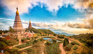 ~ The Chedi's of the King & Queen ~ Doi Inthanon ~