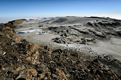 Glaciers and Reusch crater from Uhuru Peak - Kilimanjaro National Park - Tanzania (PascalBo) Tags: nikon d300 tanzania tanzanie africa afrique eastafrica afriquedelest kilimanjaro kilimandjaro kilimanjaronationalpark parcnationaldukilimandjaro volcanic landscape paysage rock stone furtwängler glacier northernicefield reusch cratère crater pascalboegli