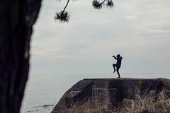 Mossbylund - Karate Kid - WEB (manuel ek) Tags: mossbylund nikon manuelekphoto 85mm beach seaside skåne sverige östersjön balticsea