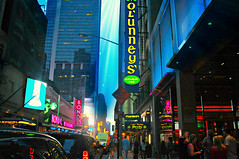 O'Lunney's Times Square (floralgal) Tags: nyc manhattan broadway timessquare colorfullights midtownmanhattan olunneys newyorkcitynightlife colorfulsigns newyorkcityatdusk newyorkckty timessquareatdusk