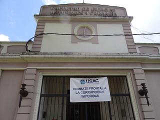 Die Universität San Carlos spielt eine wichtige Rolle