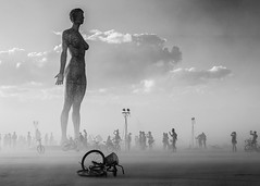 R-Evolution Art Project and a dust storm. (Eric Zumstein) Tags: burningman2015 duststorm art people noiretblanc bestcapturesaoi aoi