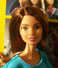 Made to Move Theresa - Barbie (Belenojon) Tags: yoga doll barbie move made teresa articulated