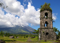 Cagsawa Church tower and Mayon Volcano (Mount Mayon), view from Cagsawa Ruins Park, Cagsawa, Albay, Philippines (Darius Travel Photography) Tags: volcano pentax philippines mayon filipinas pilipinas legaspi legazpi albay    mayonvolcano  mountmayon pentaxk100dsuper  bulkangmayon bulkanmayon filipinai