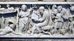 Orant and philosopher type male, Santa Maria Antiqua Sarcophgus