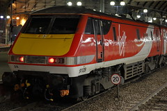 91128 (Rob390029) Tags: 91128 vtec virgin trains east coast mainline class 91 red white electric newcastle central railway station ncl ecml tyne wear tyneside northeast north