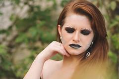 A Solitary Mermaid (Everton Seino) Tags: nikond7100 85mm aoarlivre alienskinexposure beauty portrait retrato colorcheckerpassport sereia siren makeup mermaid nikon maquiagemartística ruiva darkbeauty