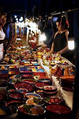 Mercado (WhySoSerious?) Tags: art canon ceramic eos stand market sigma cups jar markt mallorca tassen krug keramik sacoma 1835mm lampchain 650d lampenkette