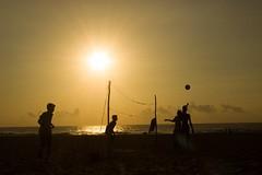 #Beach #VolleyBall #Silhouetee #Chennai #Tiruvanmiyur (Irumporai_A) Tags: beach volleyball chennai tiruvanmiyur thiruvanmiyur silhouete irumporai