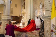 Pontifical Solemn High Mass - Cardinal Burke (FranciscanUniversity) Tags: ohio high university cardinal drew tor mass burke franciscan steubenville pontifical pontif pultorak