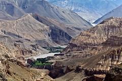 Khali Gandaki Gorges (Sophie et Fred) Tags: nepal mountain montagne trek river landscape kingdom lo rivire gorge mustang himalaya paysage kagbeni chele khali 2015 gandaki royaume chuksang
