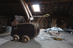 ... (bestarns [www.spiritofdecay.com]) Tags: old urban house leave abandoned beautiful beauty canon wonderful lost photography eos photo amazing flickr photographie place image pics spirit decay gorgeous great picture lovely ernest exploration marvelous magnificent decaying surrender splendid aside verlassen sebastien facebook batter laying 6d urbex resignation urbaine abbandonato verlaten lostplace dilapidate 500px bestarns spiritofdecay