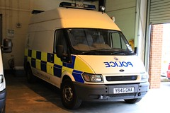 Cheshire Police Ford Transit Operational Support Van (PFB-999) Tags: ford support cheshire police headquarters equipment osu transit vehicle van hq beacons grilles unit strobes constabulary operational lightbars winsford rotators y645gma