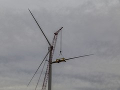 Blade Installation (Kool Cats Photography over 7 Million Views) Tags: oklahoma windmill construction power alternativeenergy blade turbine windfarm windpower windenergy greenpower