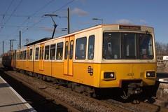 4001 (Rob390029) Tags: light white 20d station yellow electric train canon eos track metro south tracks rail railway tyne wear east rails multiple emu tyneside tw boldon unit twm 4001