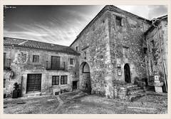 Cárcel de la Villa (Pedraza - Segovia) (Jose Manuel Cano) Tags: blancoynegro bn bw pedraza segovia cárcel piedda stone pueblo españa spain nikond5100