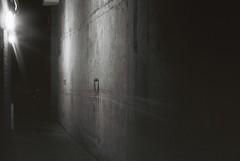 Ghost Spot (goodfella2459) Tags: nikon f4 af nikkor 50mm f14d lens kodak trix 400 35mm black white film analog ghost london night richard jones discovery tours alley bwfp milf city light