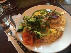 Lunch 14/12 (Atomeyes) Tags: mat fisk kummel risotto saffran sallad vatten