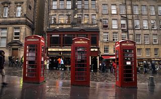 Edimburgo - Hello? Hi! What's new? *Explore*