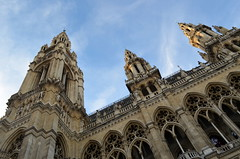 Wiener Rathaus [Vienna - 10 December 2016] (Doc. Ing.) Tags: 2016 vienna austria wien wienerrathausrathaus neogothic architecture building cityhall