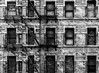 SOHO (Blende1.8) Tags: nyc ny new york newyorkcity urban abandoned verlassen decay decayed urbex feuerleitern feuertreppe outdoor outdoors carstenheyer city fassade facade architecture architektur soho fenster windows monochrome monochrom schwarzweiss black white canon eos 30d
