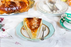 Roscón de Reyes relleno de almendras (Frabisa) Tags: almendras mazapan roscon rosca bollos reyesmagos dulce meriendas desayunos navidad sweet snacks breakfast christmas bakery almendrasalmonds marzipan