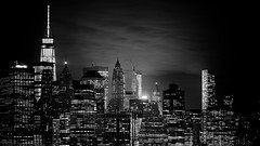 Manhattan Spotlight (J2MC) Tags: manhattan nyc newyorkcity night spotlight skyline blackandwhite noiretblanc j2mc pentax