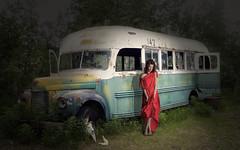 Carlos Atelier2 - bus (Carlos Atelier2) Tags: carlos atelier2 bus ônibus noite mistério vermelho