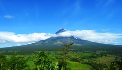 Mt. Mayon (diamonds_in_the_soles_of_her_shoes) Tags: mountain volcano mayonvolcano bicol albay legaspi perfectcone teampilipinas
