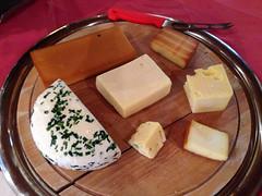 Tabla de quesos En Eslovenia (Ricard2009 (Mart Vicente)) Tags: cheese italia queso queijo sir fromage ost eslovenia formaggio sajt kaas  caws  formatge peynir gazta      brnz sris ilobsterit