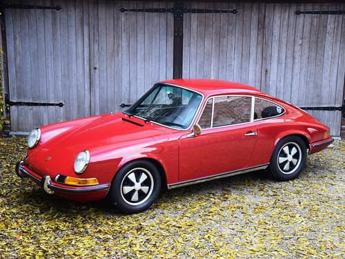 Porsche 911 E 2,0 (1968).