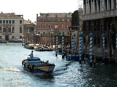 Karneval in Venedig | Carneval in Venice (karlgrabherr) Tags: city travel italien venice portrait italy photography mask cityscapes venedig carneval karneval reise maske prunk reisefotografie