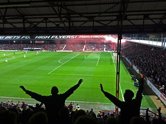 2015-10-30_Brentford1 (Ungry Young Man) Tags: london football soccer fans stadion griffin derby westlondon brentford footballground fusball