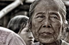 In wrinkles and in health (Saint-Exupery) Tags: leica portrait retrato candid burma myanmar inlelake robado birmania lagoinle