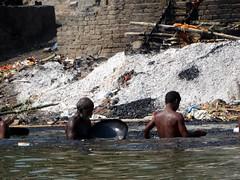 Manikarnika Ghat - Cremations (17) (pensivelaw1) Tags: india varanasi cremations manikarnikaghat