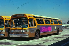 001 RTD 5442 Div 6 Ocean Park 19690327 AKW (Metro Transportation Library and Archive) Tags: venice santamonica scrtd division6 alanweeks
