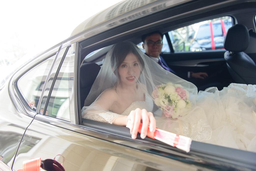 Wedding day-0051 ,僑園婚攝,台中僑園,僑園婚宴,新秘Alice ,婚攝小勇,台北婚攝, 小淑造型團隊