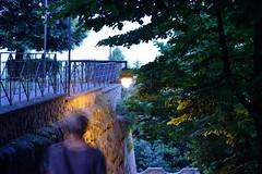 di passaggio -  passing (Vincenzo Elviretti) Tags: palestrina lazio italia italy di passaggio sfocato panning mosso nikon d3300 crepuscolo ombra oscurità
