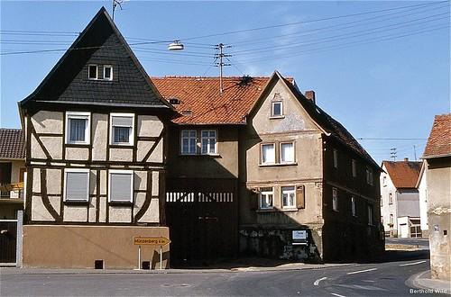 Fachwerkhaus Groß und Pfortenhaus vor dem Abriß. Siehe neben