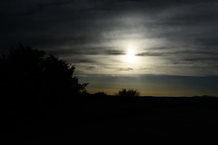 Oscureciendo. (AlejandraPeralejo) Tags: atardecer effects contraste sombras paisaje luz sol nikon