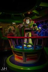 Hi there Space Ranger (Jojo_VH) Tags: 2016 dlp disneylandparis animatronic april attraction buzzlightyear darkride disney laserblast