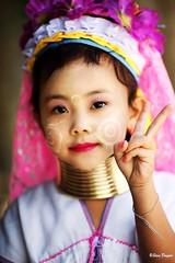 0S1A1404 (Steve Daggar) Tags: thailand chiangmai culture portrait costume longneck karinlongneck hilltribe candid