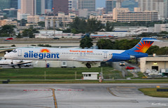 Allegiant Air MD-83 N415NV (birrlad) Tags: usa airplane airport md florida aircraft aviation air airplanes landing international finals hollywood airline fortlauderdale arrival airways approach douglas airlines runway airliner mcdonnell arriving fll md83 allegiant n415nv