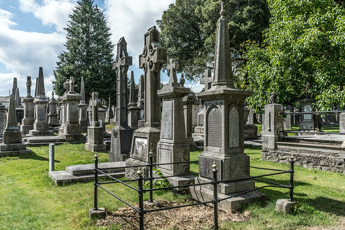 GLASNEVIN CEMETERY [MY FIRST DAY USING THE NEW SONY A7RMkII] REF-107362