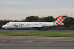 Boeing 717-2BL Volotea Airlines EI-EWJ (herpeux_nicolas) Tags: boeing v7 lowcost voe logojet speciallivery budgetairlines 7172bl specialliveries sonderlackierung n907me volotea voloteaairlines eiewj allezlescanaris wwwvoloteacom